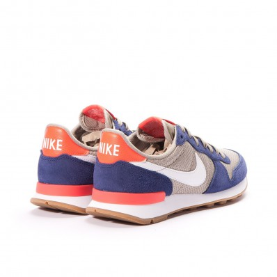 nike internationalist beige blauw