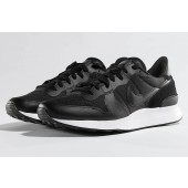 zwarte nike sneakers internationalist heren